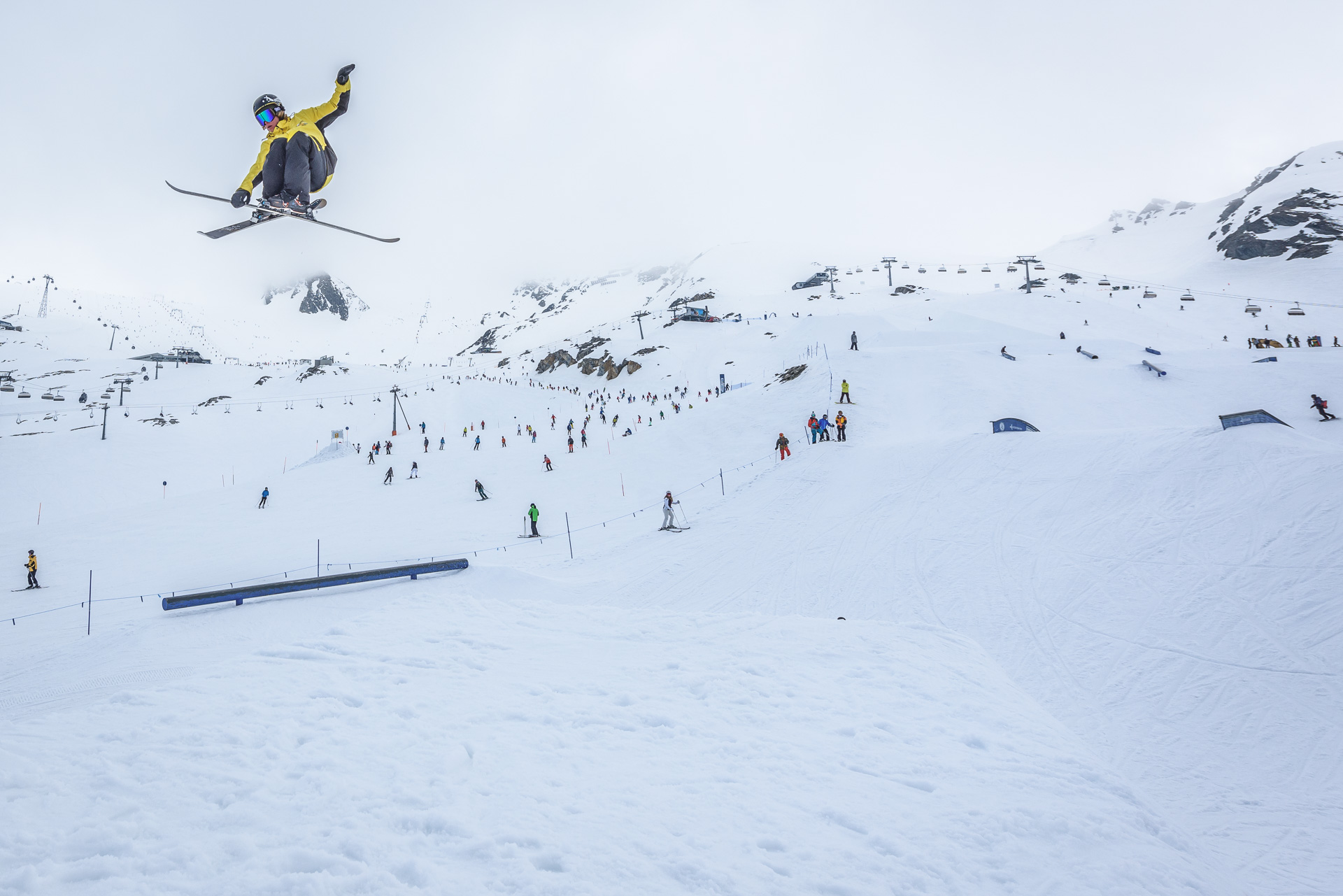 Rent Ski/Snowboard 6-7 Tage/Days, Teens -20%